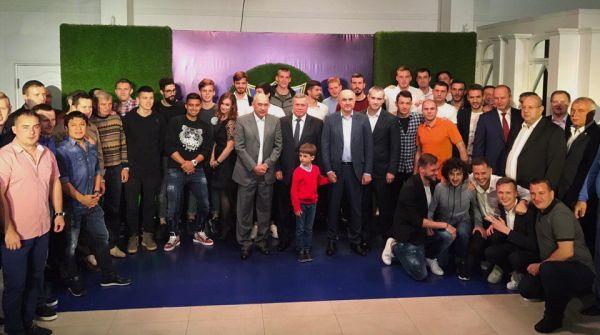 ФК «Ростов» подчеркнул окончание сезона вечеринкой водном изресторанов города