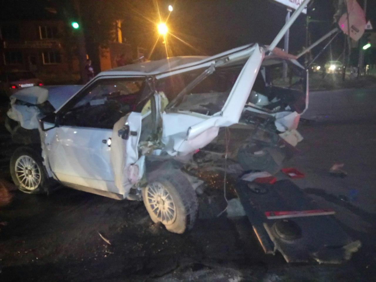 ВТаганроге шофёр Порш Panamera, устроивший тройное ДТП, явился сповинной